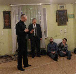زيارة لوزير السياسة القومية لمسجد بيتروزافودسك – روسيا