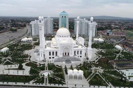 افتتاح أكبر مسجد في أوربا