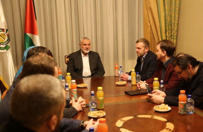 لقاء ودي جمع وفد حركة حماس بممثلي الجمعيات الاسلامية في روسيا